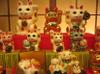 Waving_cats